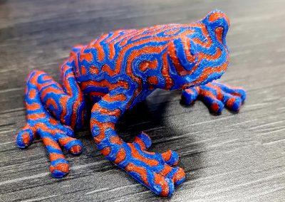3D-Druck/ Frosch/ Material PLA/ 2-farbiger Druck/ Schichthöhe 0,2mm