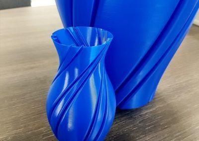 3D-Druck/ Vase/ Material PLA/ 150mm hoch/ 580mm hoch/ 0,2mm Schichthöhe